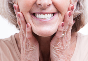 Things to Watch for When Your Dentures Need Replacing